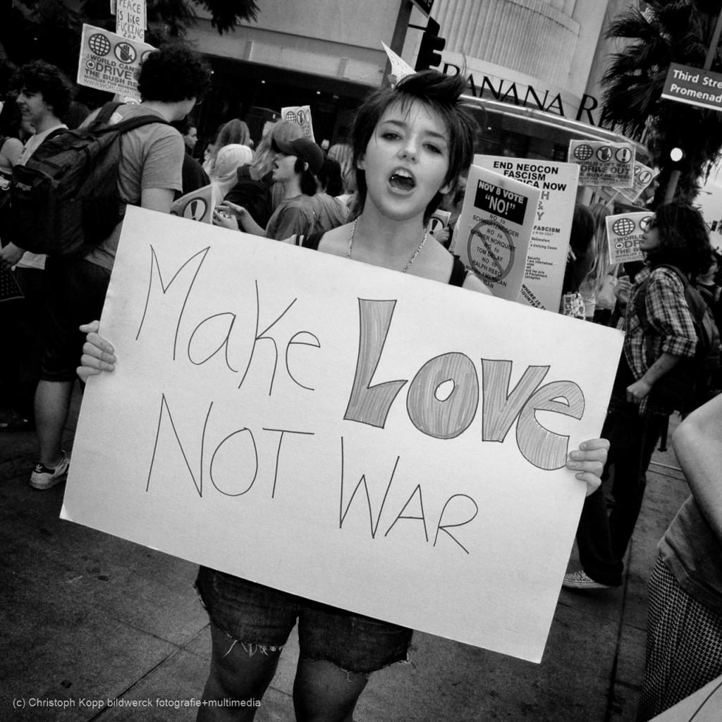 Make Love Not War (Los Angeles, California)